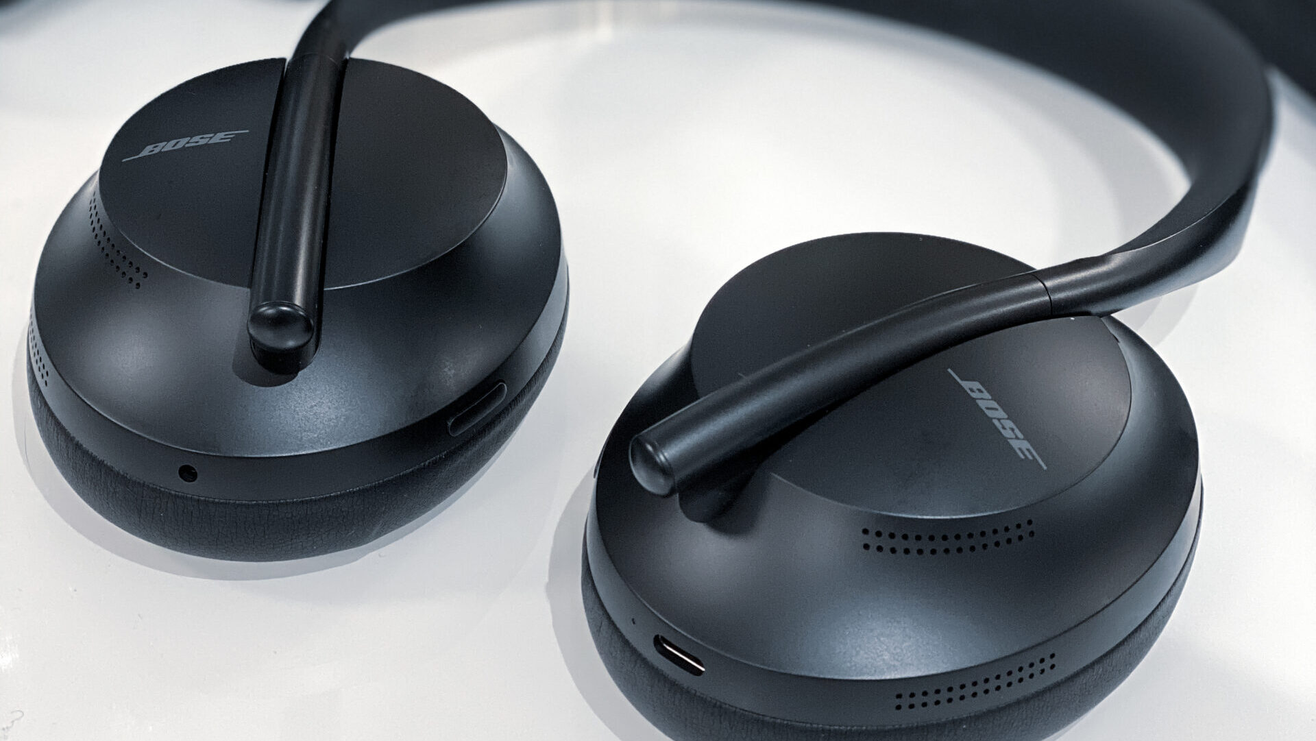 Bose 700 noise cancelling headphones review: worth the money?
